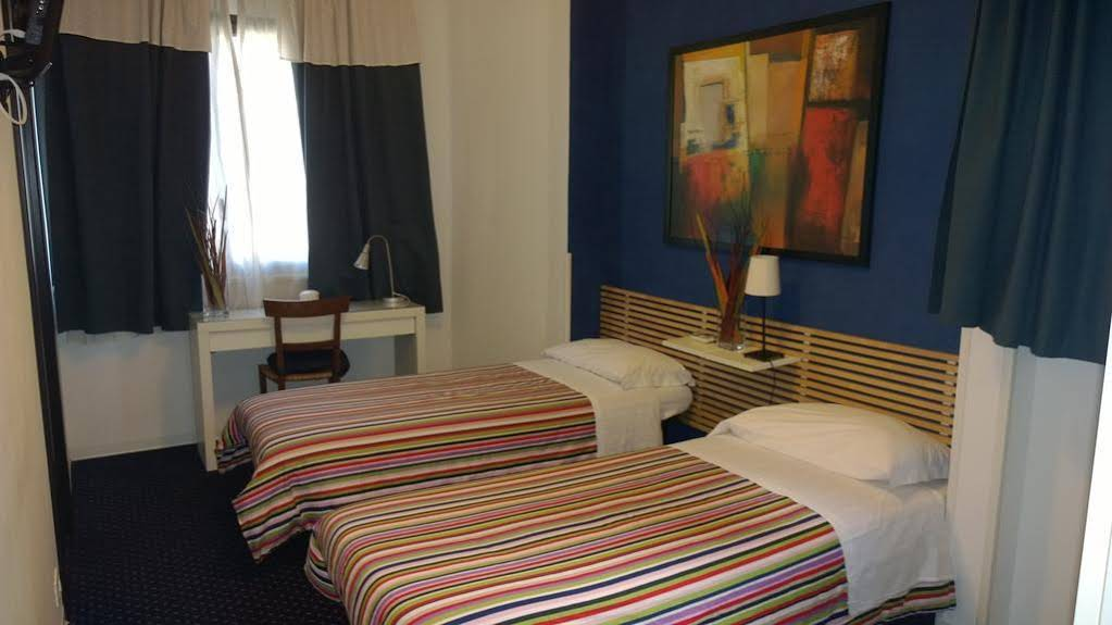 Almi Rooms Bed & Breakfast