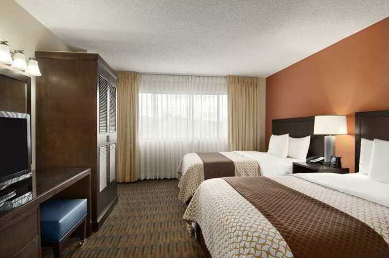 Embassy Suites Seattle Tacoma International Airport